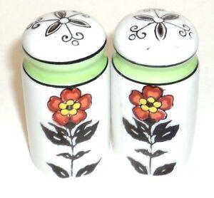 Main Peint Fleurs Sel et Poivre Shakers Fabriqué au Japon