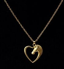 18k GOLD PLATED HEART & Cavallo Ciondolo con collana catena UK venditore GIALLO P03