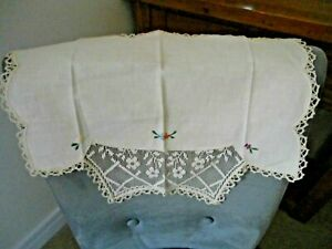 """VINTAGE IVORY COTTON  HAND EMBROIDERY & LACE CHAIR BACK COVER 16""""  x  12"""""""