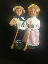 CROQUET BOY AND GIRL BYERS CHOICE LTD VINTAGE 1995