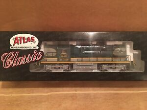 HO Atlas Classic ALCO Demonstrator RS-11 Powered Diesel Locomotive #701B NEW