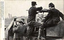 CPA  Militaire - Piece d'artillerie francaise en action  (696019)