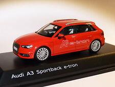 PROMO : Audi A3 sportback E-tron de 2015 au 1/43 de spark