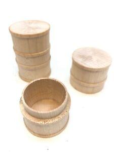 Lionel 212-D Two Piece Wooden Drum Barrel Set, 1 pair, Standard Gauge