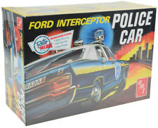 AMT / VRC Hobbies 1970 Ford Galaxie Police Car 1:25 Plastic Model Car Kit 788