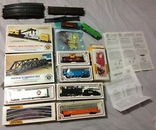 Bachmann  AT&SF 2126 Steam Train, Rail Car's & Tracks lot.