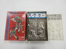 VF-1A STANDARD VALKYRIE MACROSS 1/144 SCALE MODEL KIT WITH BOX ETC