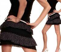 SeXy Miss Damen Mini Rock Volant Stufen Flower Rüschen Gürtel XS/S schwarz bunt