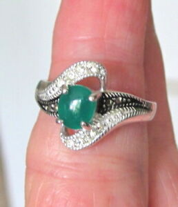 VINTAGE STERLING SILVER EMERALD GREEN MARCASITE MICRO CRYSTAL RING SIZE 7 1/4
