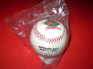 1997 Opening Day MILWAUKEE BREWERS Rawlings MLB Baseball Vtg 97' NL SGA NEW RARE