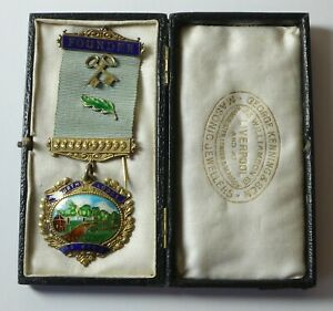 large silver & enamel masonic Jewel Aigburth Ackeberth 1919 Liverpool 23g cased