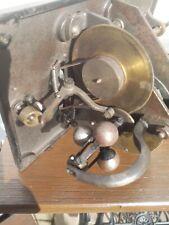 Phonograph , Antrieb , Motor , Uralt !!
