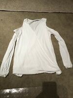 Francesca's ALYA White Shirt / Top Long Sleeve Size Small
