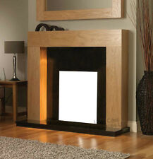 ELECTRIC OAK MANTEL BLACK HEARTH / BACK PANEL FLAT WALL MODERN FIREPLACE SUITE