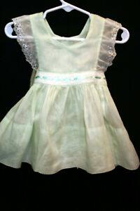 03-06 Mo Vtg 50s Baby Girls Green Voile Pinafore Dress Full Skirt Eyelet Lace