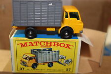 Matchbox MB37c Cattle Truck including cattle