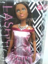 Nueva Muñeca Barbie fashinista #21 Vestido Estampado Animal Rosa Muñeca Negro #