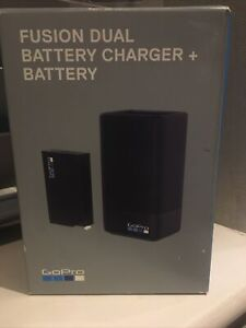 GOPRO FUSION BATTERY CHARGER + BATTERY
