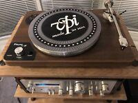 Vpi Player Turntable -  Mint - 20lb version - Walnut - New Stylist Will Be Jan 2