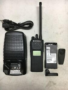 MOTOROLA XTS1500 VHF 136-174mhz P25 Digital Radio H66KDD9PW5BN  500008-00048C-7