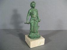 STATUE ART DÉCO SIGNÉE RUCHO / SCULPTURE FEMME ART DÉCO / A.RUCHO / STATUE 1930