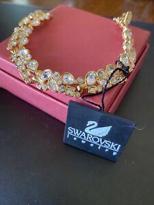 SWAROVSKI Crystal Clasp Bracelet In Gold Unique In Style NEW