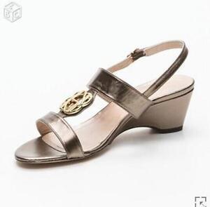 Heyraud superbe sandales neuves avec boite et dust bag pointure 41