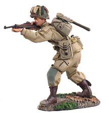 William Britain, World War 2, US 101st Airborne Paratrooper Firing, 25013