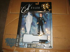 THE X-FILES 1998 AGENT DANA SCULLY #16100 COLLECTIBLE ACTION FIGURE BRAND NEW