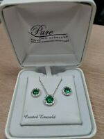 Emerald Green Swarovski Crystal Necklace and Earrings