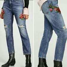 612e7896 Zara Basic Denim Light Wash Embroidered Sequin Rose Patch Relaxed Fit Jeans