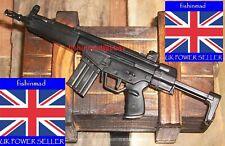1:6 MINIATURE FIREARMS COLLECTORS HK53 MACHINE GUN RIFLE + DISPLAY STAND