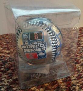 2004 St. Louis Cardinals/ Boston Red Sox FOTOBALL/ WORLD SERIES BASEBALL/ NOS