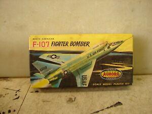 Aurora F-107 North American Fighert Bomber. Kit No. 295-29. 1958