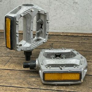 Old School BMX GT Pedals Bubble Font 1pc Performer Dyno Freestyle