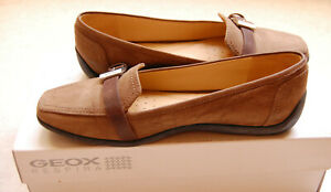 Mocassins Geox Respira, couleur taupe, pointure 37