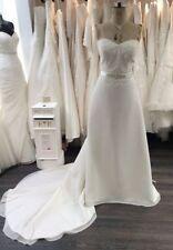 Crystal/Diamante A-line Plus Size Strapless Wedding Dresses