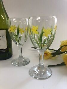 Individually Hand Painted Daffodil Wine Glasses