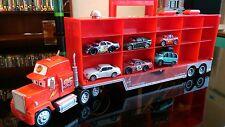Disney Pixar CARS: Mack Truck Hauler Voiture Transporteur Boîtier de rangement avec 6 voitures Poignée