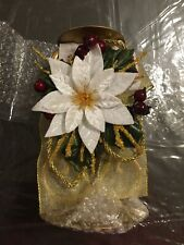Vintage 2002 Avon Poinsettia Candleholder With Vanilla Candle - Nib