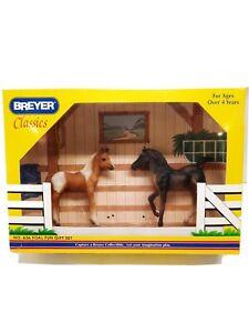 Breyer Classics Foal Fun Gift Set #636  free returns same day shipping EUC