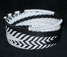 African Zulu Telephone Wire Basket Bowl - Tuna Can - Black & White Feathers