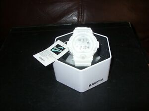 BABY G WOMANS WHITE WRISTWATCH STILL WITH TAGS AND BOX BG-6903-7BER
