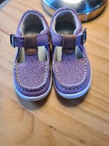 Girls Clarks Shoes 4.5F Purple