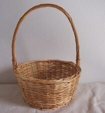 "WOVEN, WICKER, RATTAN BASKET Round Shaped with Twisted Handle 8.5"" x 8.5"" x 4"""