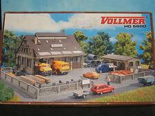 VOLLMER HO SCALE #5600 BAUHOF CONTRACTOR'S YARD *