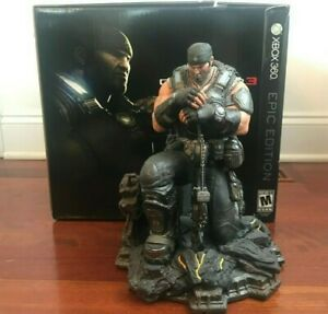 Gears of Wars 3 LIMITED EDITION Marcus Fenix Statue w/ Original Box