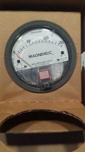 Dwyer 2000-150CM Magnehelic Differential Pressure Gauge