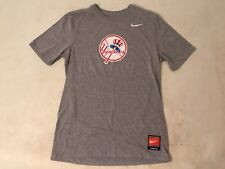 The Nike Tee New York Yankees Gray Cooperstown Legend Team T-Shirt Small / XS