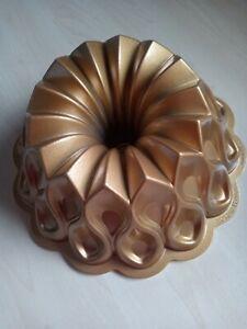Nordic Ware Aluminium Gold Coloured Bundt Tin